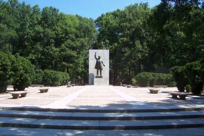 tr island national memorial.jpg